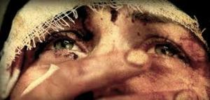 On kadın on tarifsiz acı