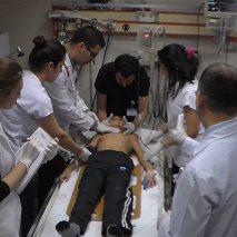 Acil serviste çocuk travma hastasına müdahale